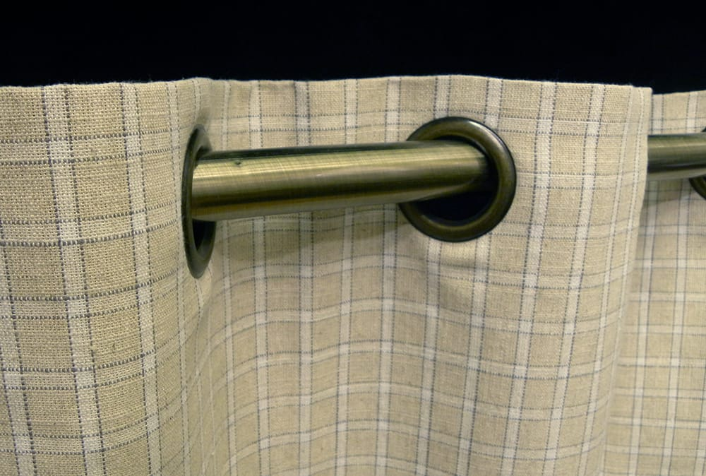 how to put eyelet rings on curtains