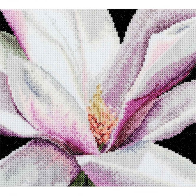 495A Thea Gouverneur Magnolia Cross Stitch Kit