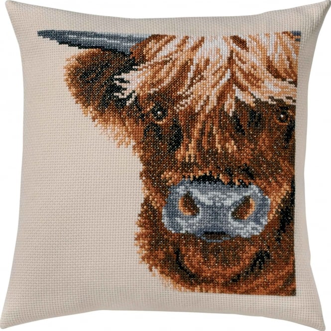 83-6102 Permin Scottish Highland Cow Cross Stitch Cushion Kit