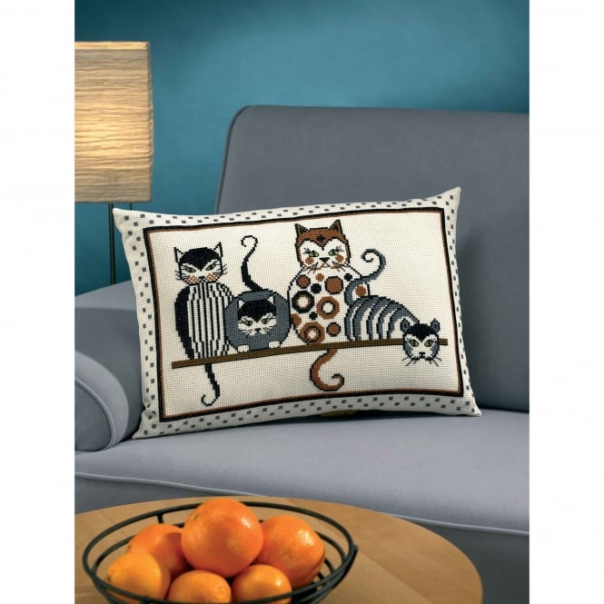 83-7846 Permin Cat Cross Stitch Cushion Kit